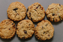 Load image into Gallery viewer, Cranberry and Oat Cookie