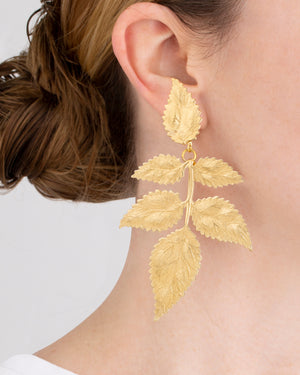 Load image into Gallery viewer, Pat's Golden Leaf Clip Earrings