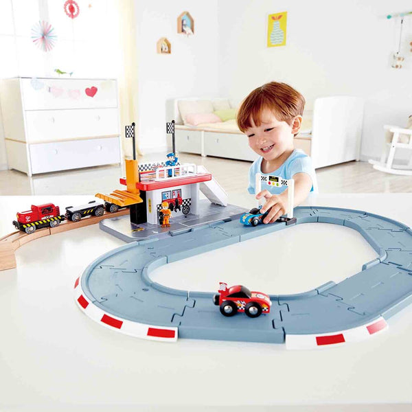 Hape Race Track Station
