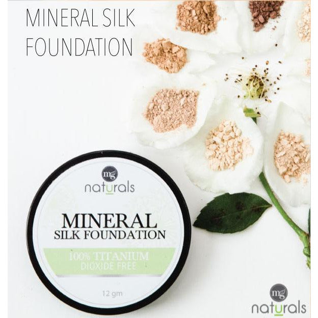 SAMPLES MG Naturals Mineral Silk Foundation