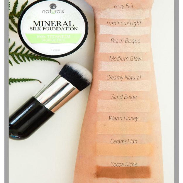 MG Naturals Mineral Silk Foundation