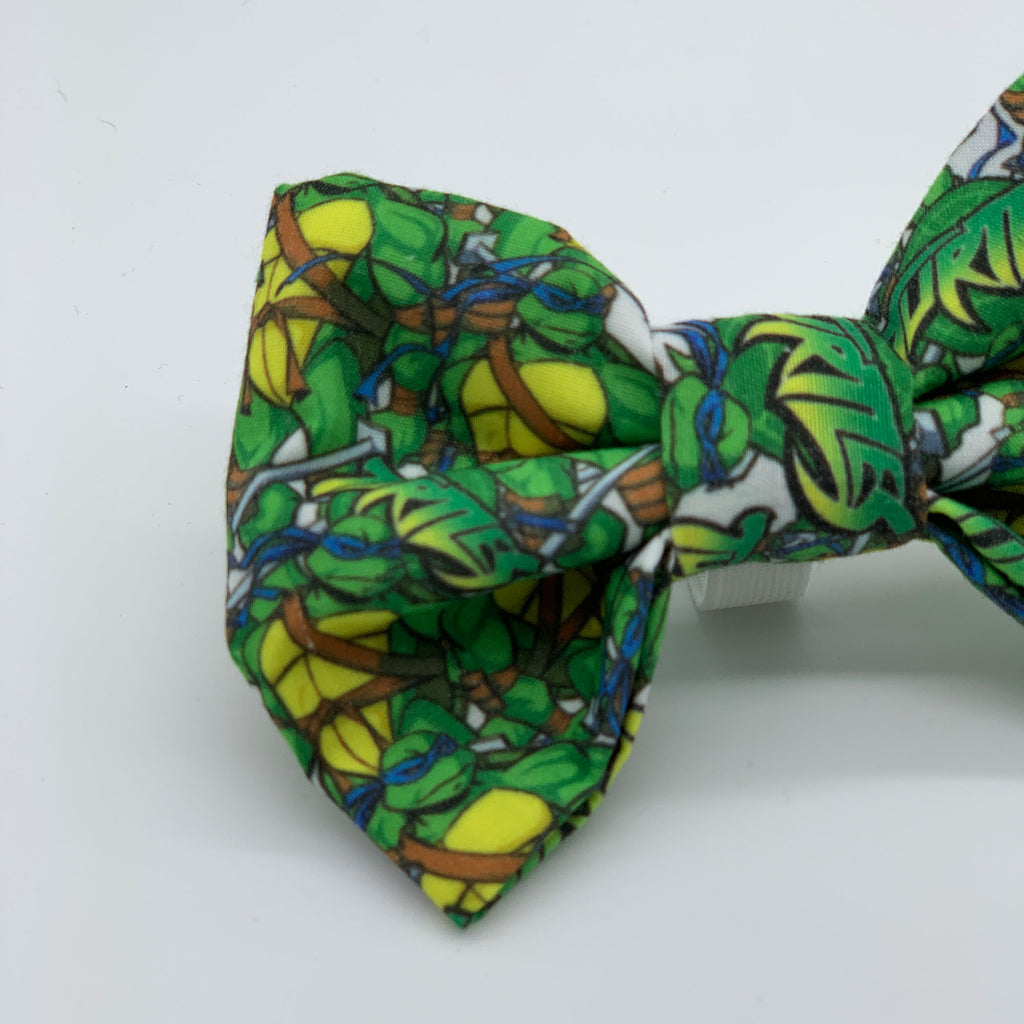 Totally Turtles - Bow Tie - The Sophisticated Pet