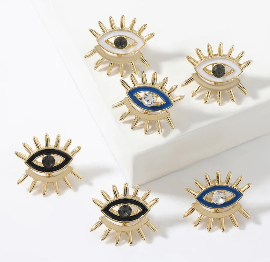 Double Lash Eye Stud
