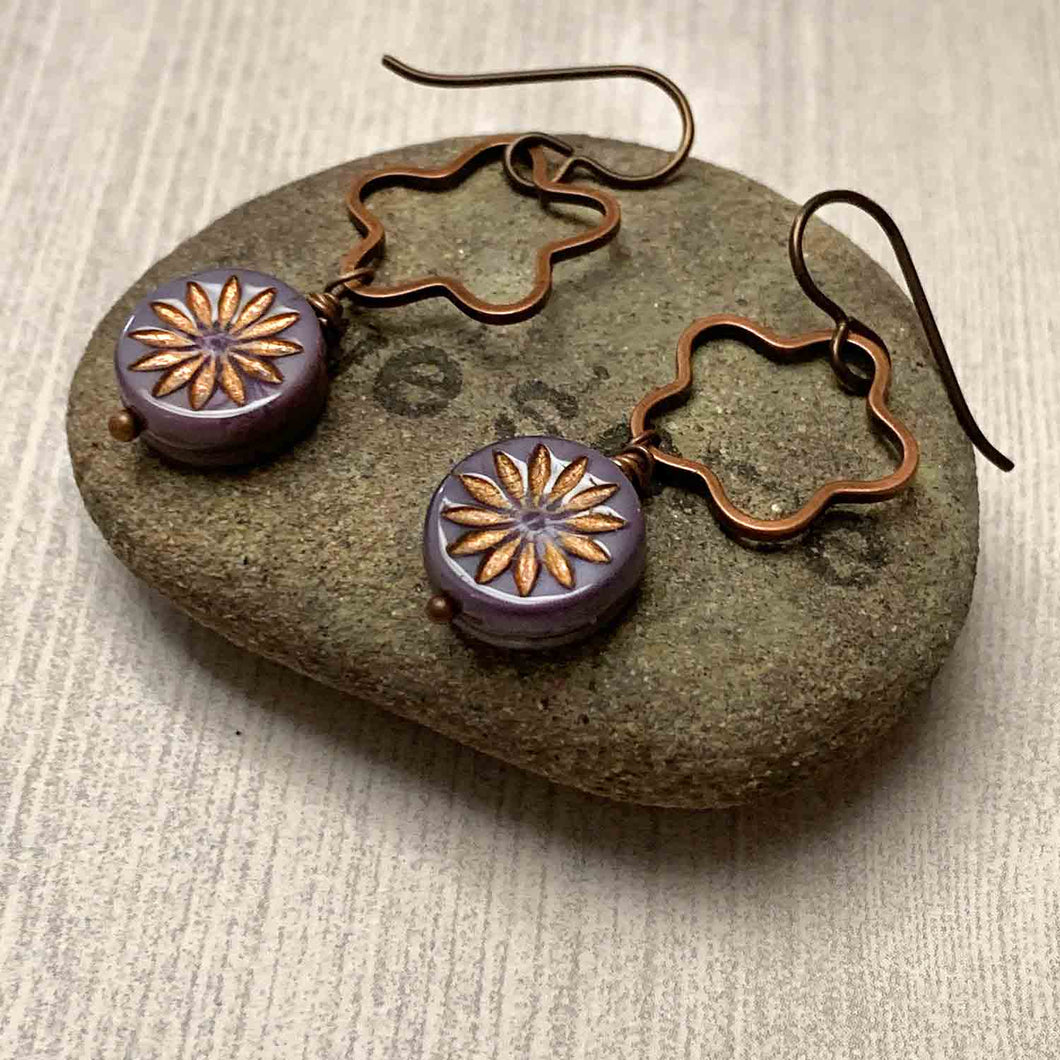 HANDMADE FLOWER STARBURST EARRINGS. PURPLE. COPPER. NATURE. GARDEN.