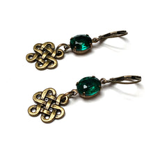 Load image into Gallery viewer, RHINESTONE CELTIC KNOT EARRINGS. EMERALD GREEN. IRISH.