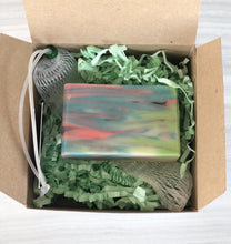 Load image into Gallery viewer, Gift Box with Decorative Soap & Soap Net