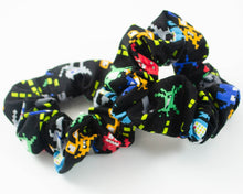 Load image into Gallery viewer, handmade robot gamer scrunchie