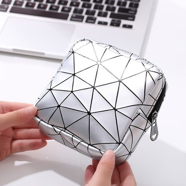 2020 NewPortable Multifunctional PU Leather Women Menstrual Pad Storage Bag Rhombus Sanitary Napkin Organizer Pouch Cosmetic Bag