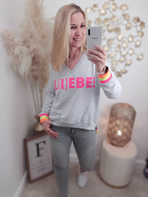 "Sweatshirt N-Neck ""Li(e)be"" grau / pink"