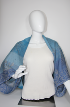 Load image into Gallery viewer, Best Jacket Scarf woven by Heasoon, Bettlehouse