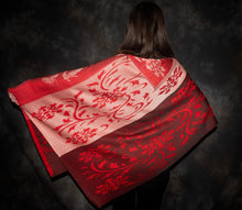 Load image into Gallery viewer, flower and butterfly Poncho, One-of-a-kind poncho, wrap, bettlehouse