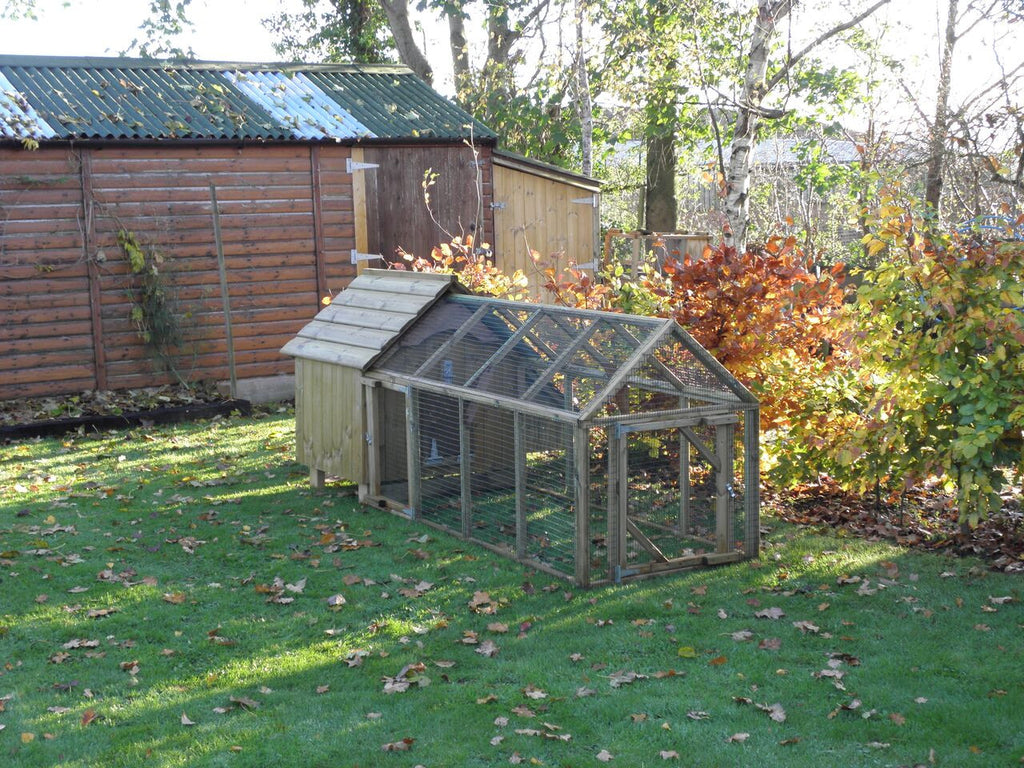 Hen House with 6ft run without sheltered end (inc delivery)