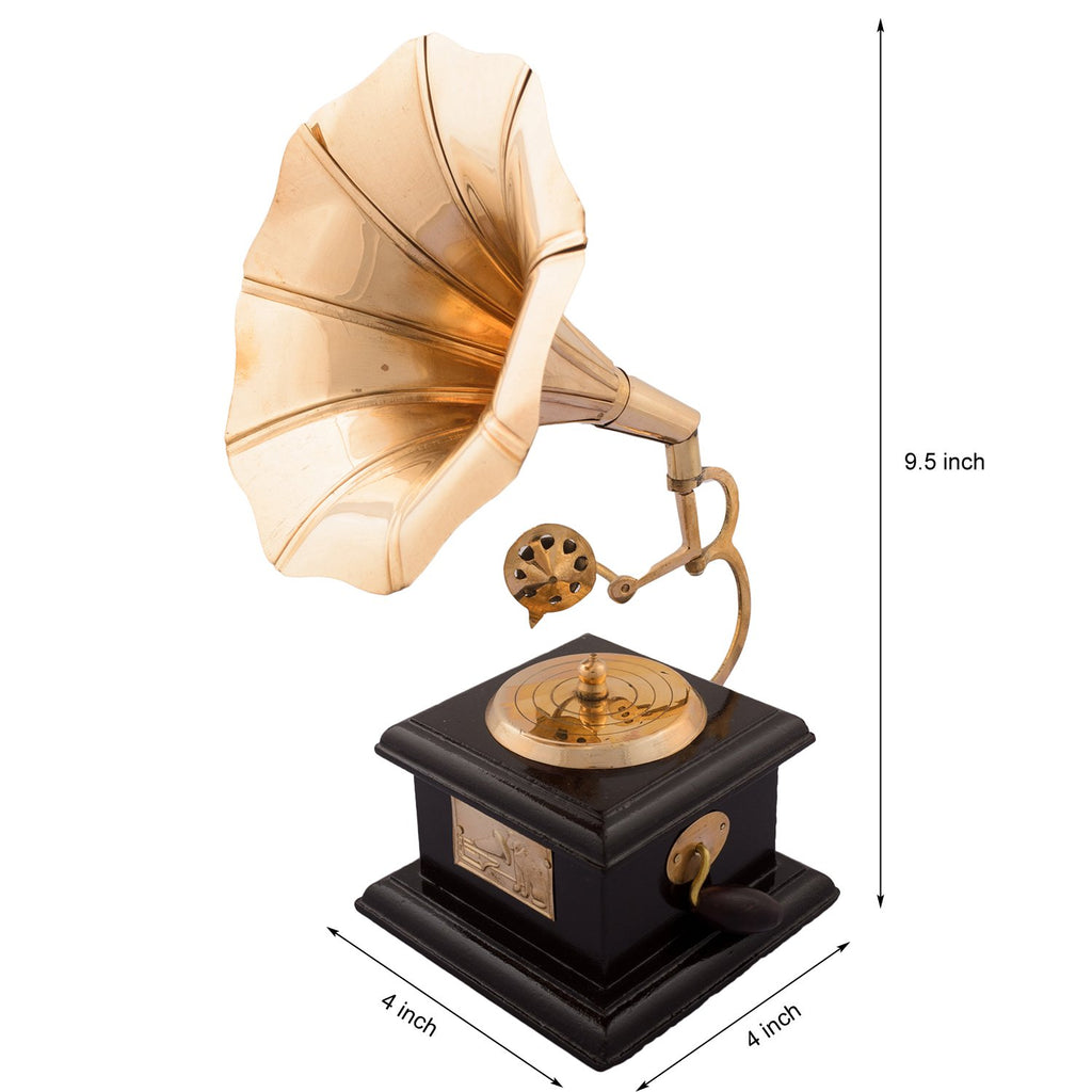 Antique Gramophone - Table decor