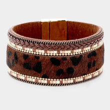Load image into Gallery viewer, Leopard Pattern Faux Leather Magnetic Bracelet