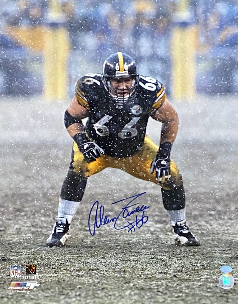 Alan Faneca Signed Pittsburgh Steelers in the Snow 16x20 Photo