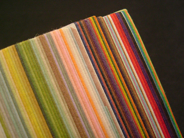 Ecchu Colored Paper Assorted 4pcs of Quarter size