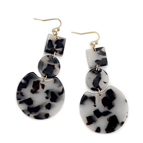 OLLI RESIN HOOP EARRINGS-BLACK & WHITE