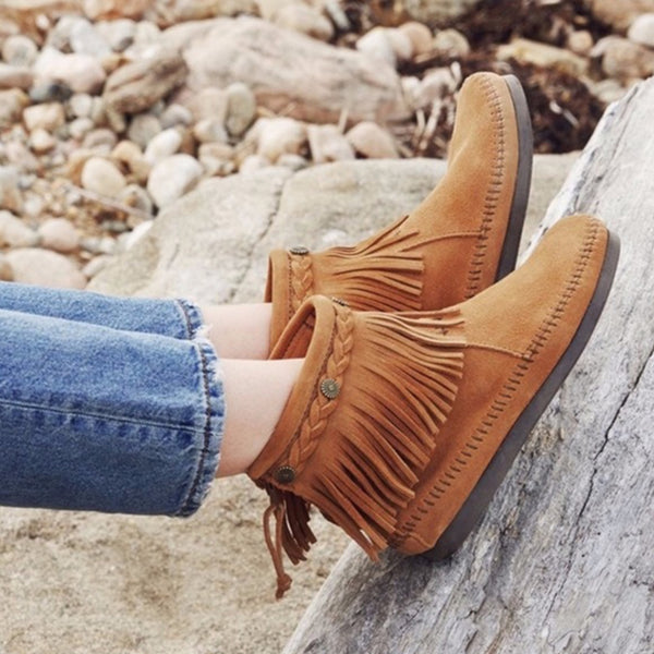 Minnetonka Moccasin | High Top Back Zip Boot Brown