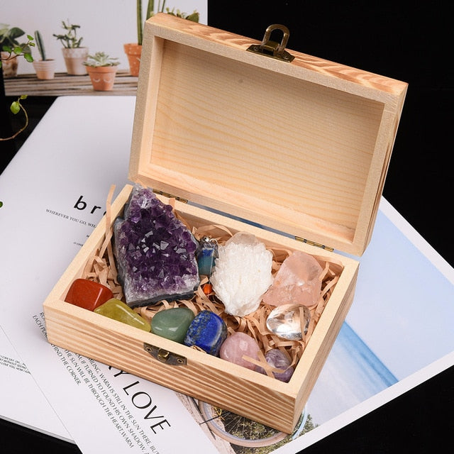 11pc Natural Crystal Mineral box