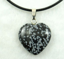 Load image into Gallery viewer, 20mm Natural Stone Crystal heart Pendants