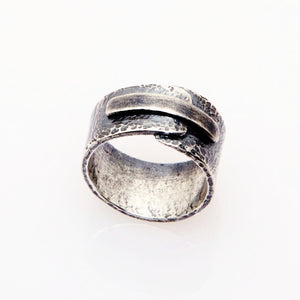 Overlapping Ends: Sterling Silver Ring