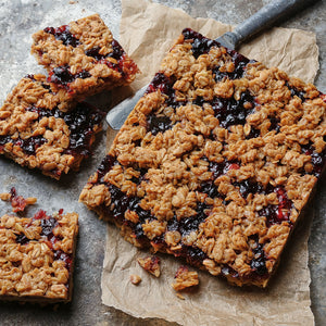 Blackcurrant Conserve Flapjack - Small Traybake Gift Box
