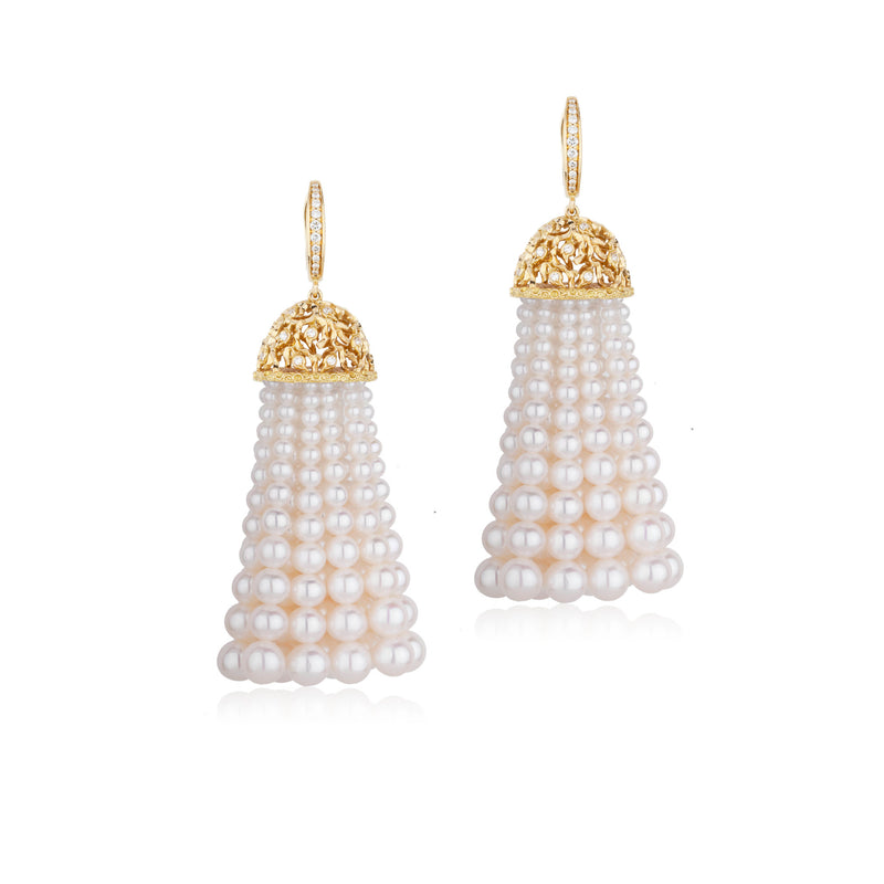 PRECIOUS LACE TASSEL EARRING IN YELLOW GOLD AND WHITE PEARLS