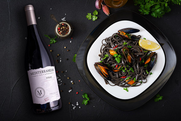 Squid Ink Linguine & Mussels