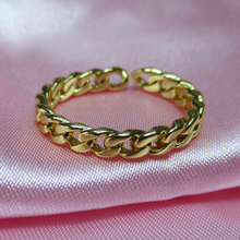 Load image into Gallery viewer, Gold Chain Ring