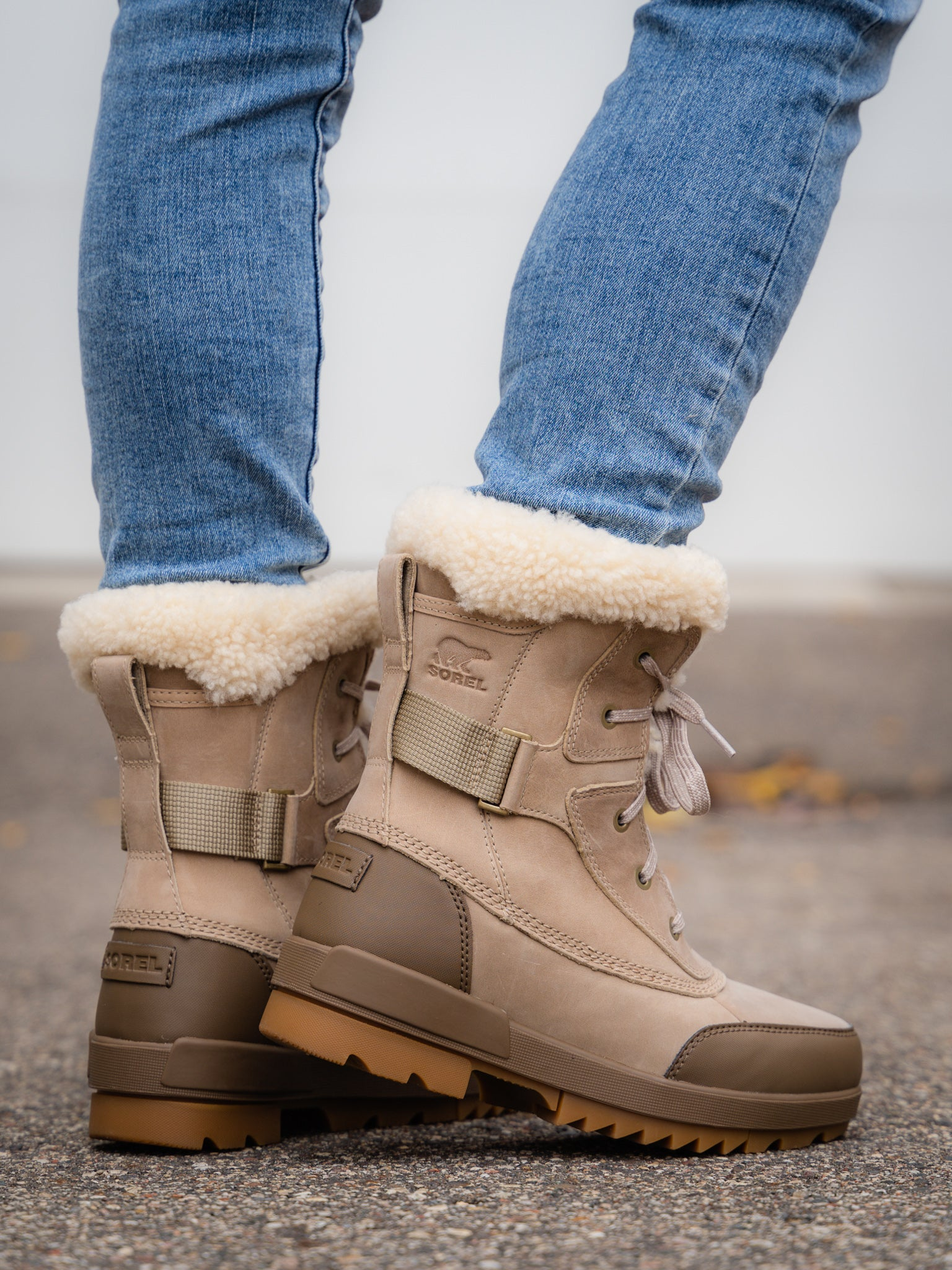 Sorel Tivoli IV Parc Boot in Sandy Tan