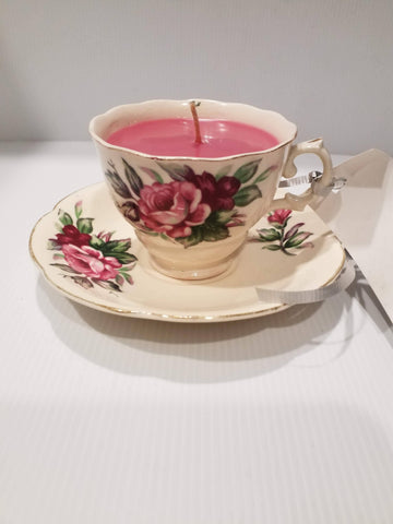 Teacup Soy Candle - Vintage Teacup and Saucer - Handpoured - Pink/Red Roses-Linden Blossom