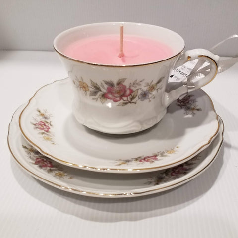Teacup,Saucer & Plate -Vintage - Handpoured Soy Candle - White flowers scalloped edges - White Linen