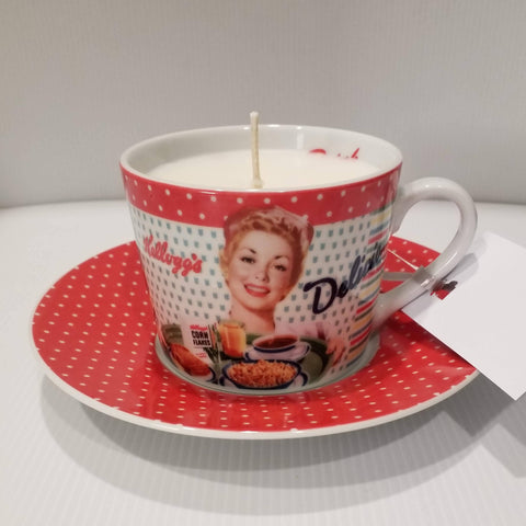 Teacup Soy Candle - Teacup and Saucer - Handpoured - Retro Lady - Vanilla