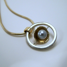 Load image into Gallery viewer, Gold Gyroscopic Pendant