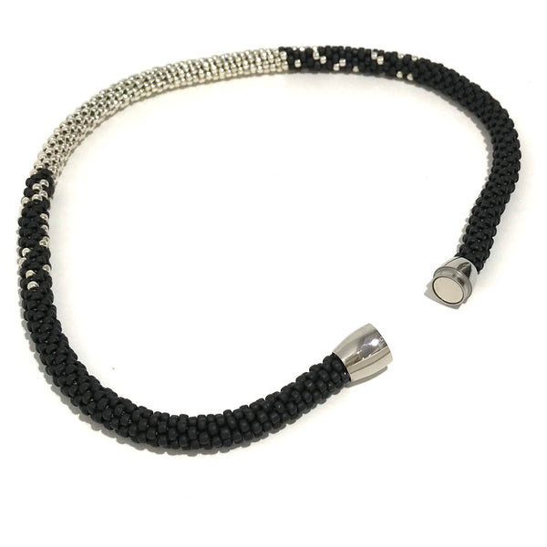 'Stardust Necklace' Black/Silver