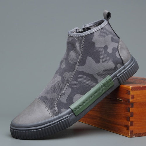 British Fashion Men Boots Breathable Non-slip Casual Shoes Slip On Camouflage Pattern Side Zipper Boots Black Grey M2362