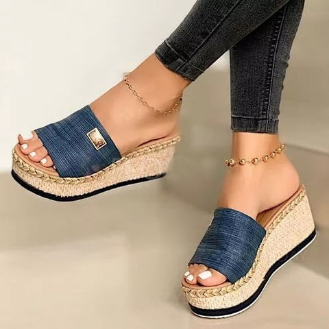 New Summer Women Wedge Slippers Platform Flip Flops Soft Comfortable 2020 New Casual Shoes Outdoor Beach Sandals Ladies Slippers