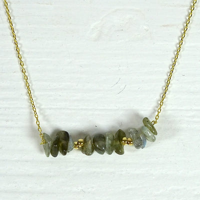 Willa Necklace labradorite gold