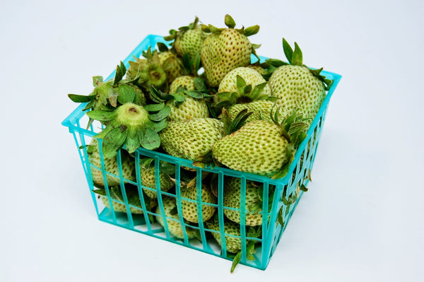 Green Strawberries- per lb