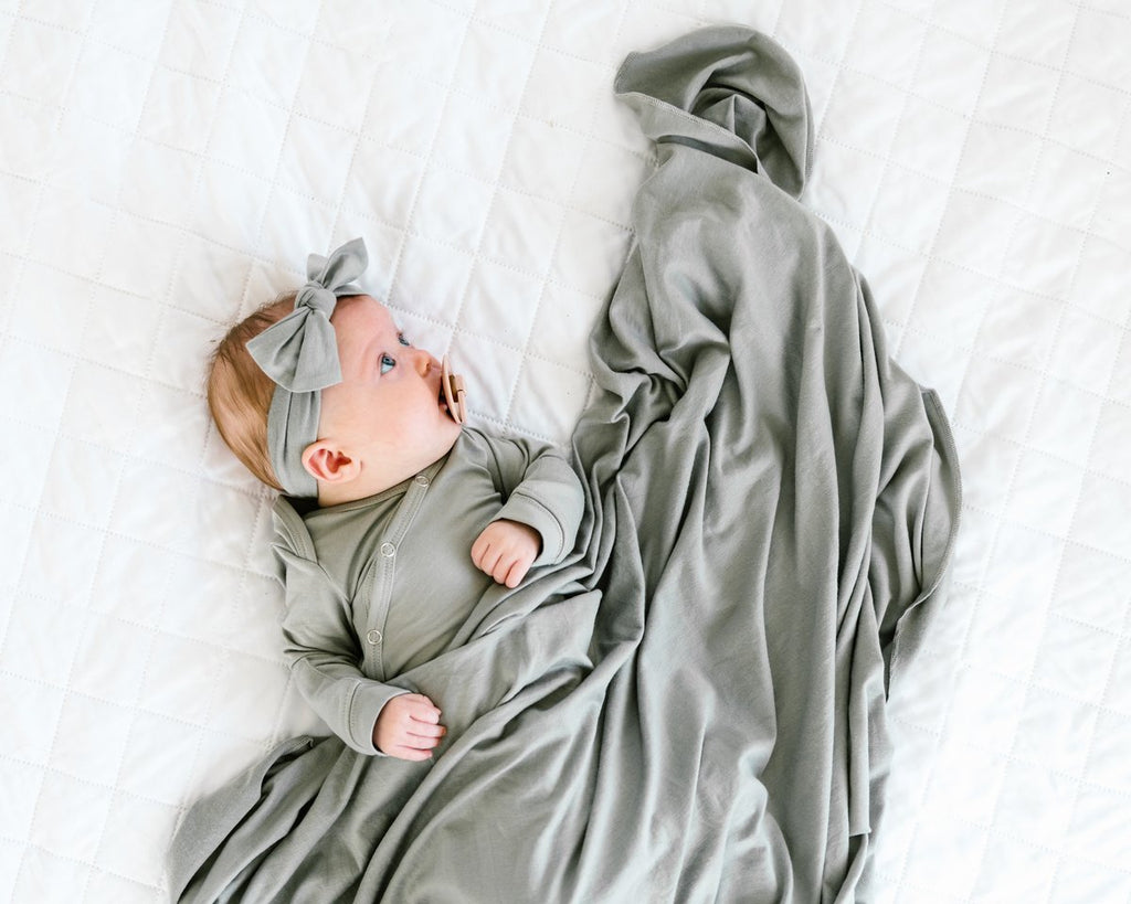 Newborn Knotted Gown - Stone