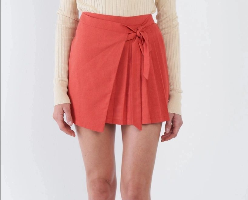 Pleated Mock Wrap Retro Mini Skirt