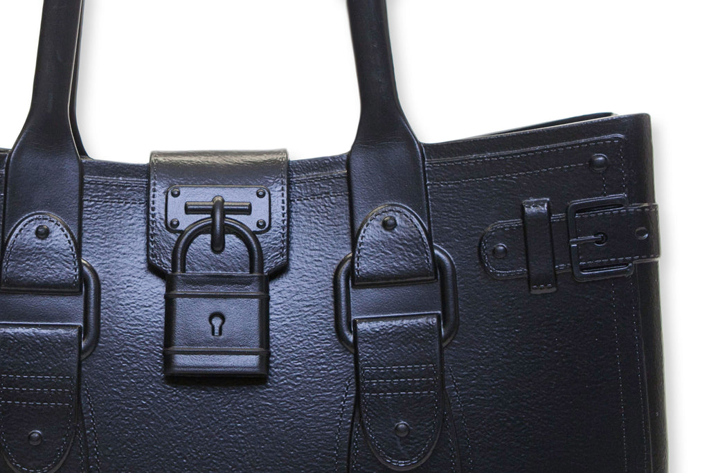 Model M. Onyx - Black Tote Accessory (detail view) Great Bag Co. | A Robert Verdi Project #FashionFlex #GreatBag