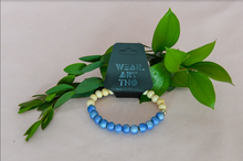 Load image into Gallery viewer, Wood & Glass Bracelet
