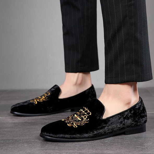 Fashion Embroidered Suede Comfy Men's Slip On Shoes