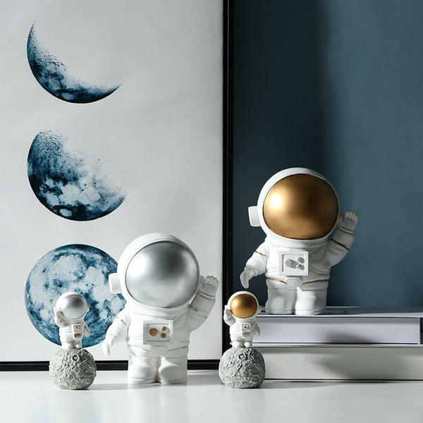 Nordic Resin Space Astronaut Sculpture Figurine Modern Minimalist Ornament Home Decoration Accessories Living Room Birthday Gift