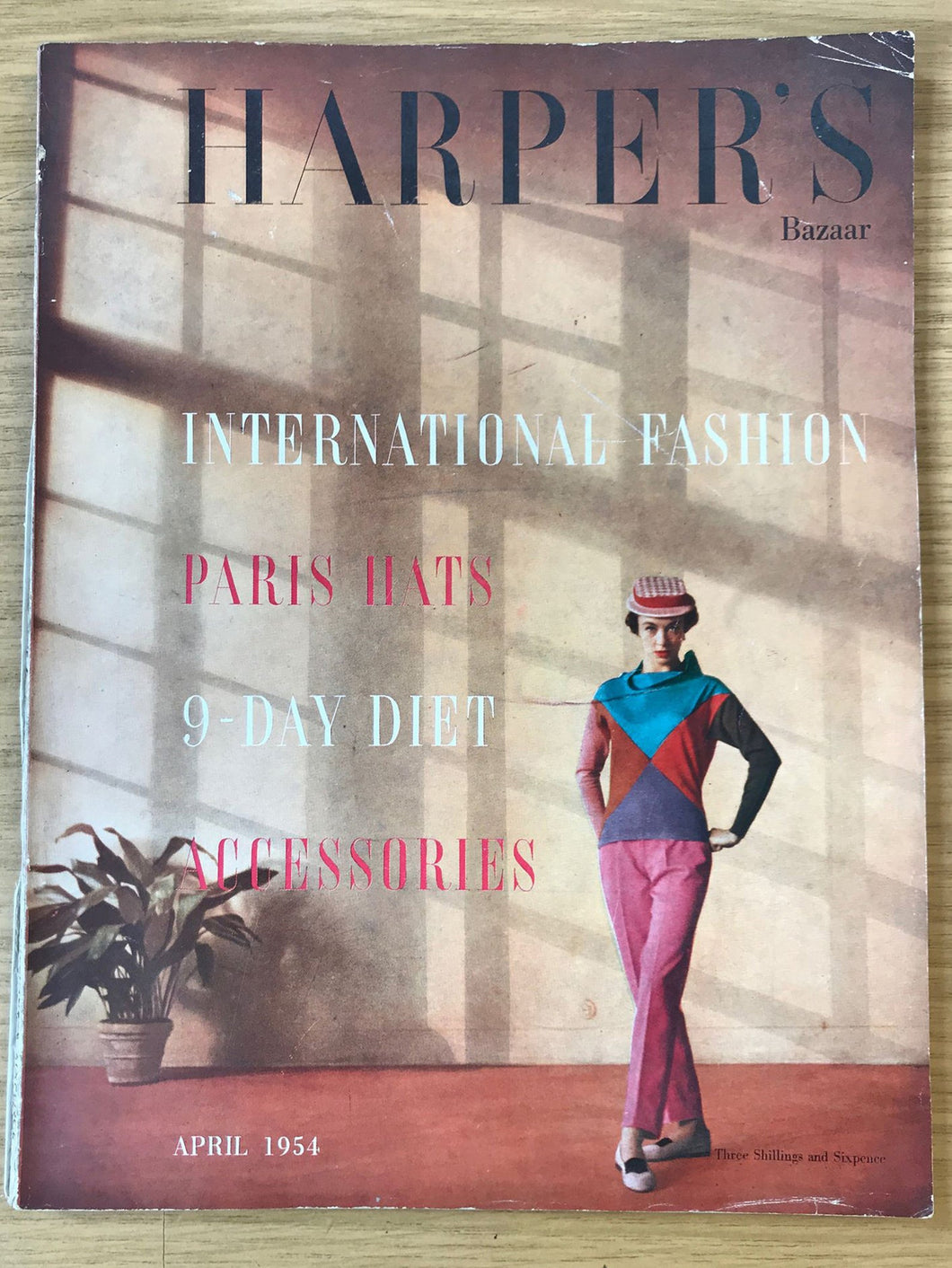 Harper's Bazaar (UK) April 1954