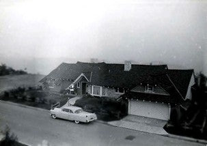 Grace Ennis' house in Bel Air, California in 1957, before the fire.