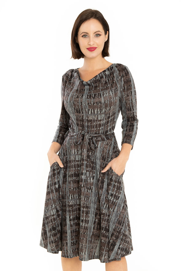 Abstract Stripes Gray Black Knit Dress