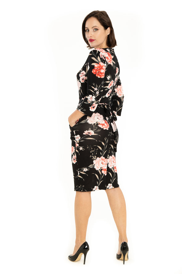 Black Chrysanthemum Pattern Knit Pencil Dress