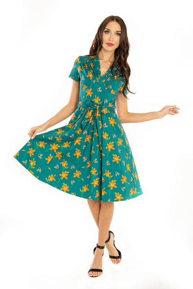 Bee & Tiger Lily Short Sleeve Dress